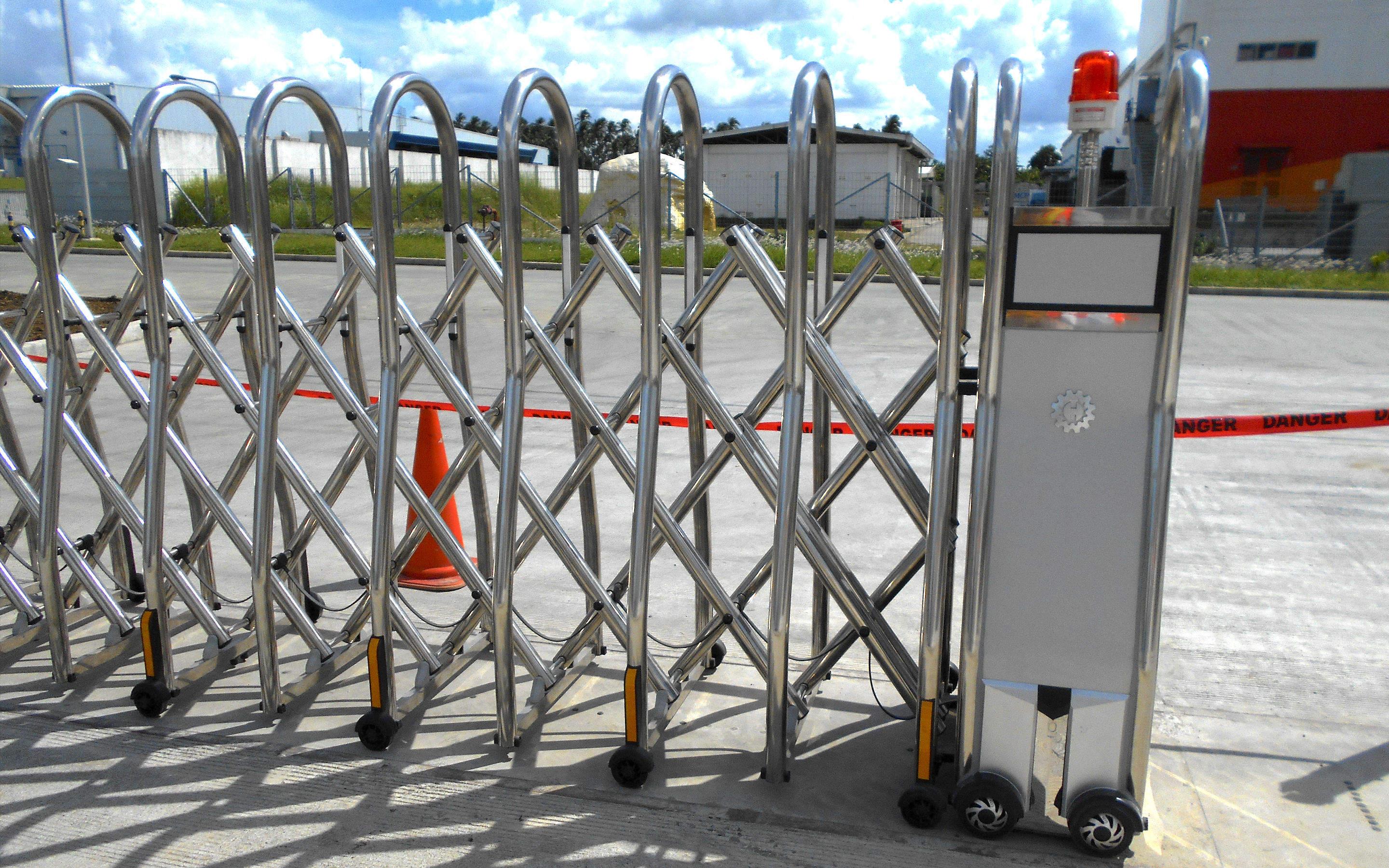 MOTORIZED STAINLESS STEEL RETRACTABLE GATES CODE#A